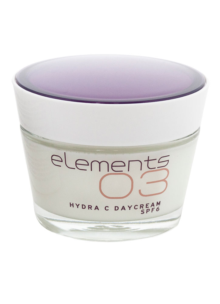 Дневной увлажняющий крем с SPF 6 Hydra C SPF 6 Day Cream 50 млКрем дневной<br>Увлажняющий дневной крем легкой нежной текстуры с инновационными составляющими. Подавляет синтез меланина, осветляет тон кожи и уменьшает пигментацию &amp;#40;старческие пятна и веснушки&amp;#41;, освежает цвет тусклой кожи.<br>