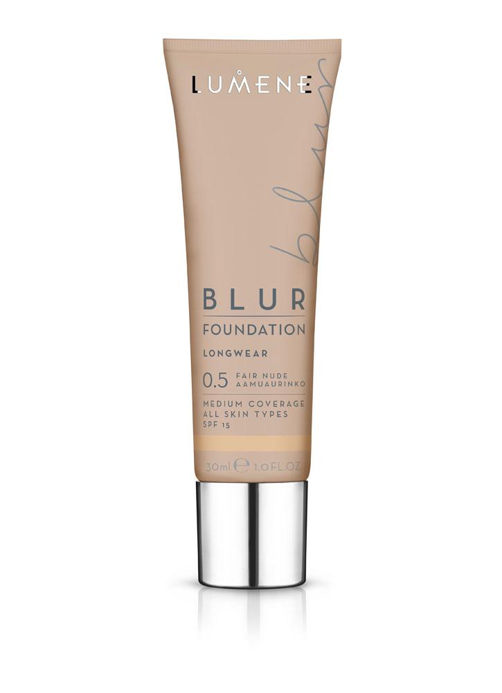 Тональный крем преображающий BLUR SPF 15 тон 0,5 Ультра-светлыйТональное средство<br>Стойкий тональный крем мгновенно преобразит Вашу кожу, оставляя ее ровной, сияющей и отдохнувшей.&amp;nbsp;&amp;nbsp;Тональный крем не перегружает кожу, при этом создает эффект фотошопа.<br>Цвет: Нюдовый;