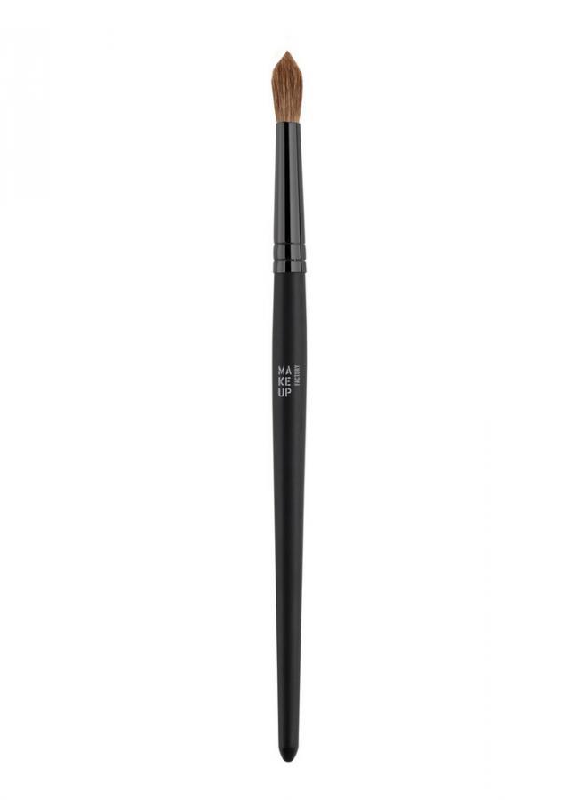 Кисть для теней круглая Blending Eye Shadow BrushКисти<br>Круглая кисть Blending Eye Shadow Brush предназначена для нанесения и растушевки теней в складке века. Кисть - блендер качественно затенит отдельные участки поверхности века и станет одним из Ваших главных инструментов в создании макияжа глаз!<br>
