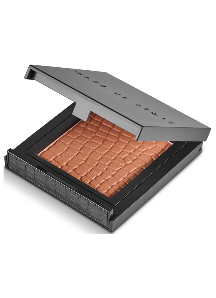 Пудра для лица бронзирующая Bronzing Powder Beam тон 202Бронзаторы<br>Специально отобранные&amp;nbsp;&amp;nbsp;ингредиенты создают&amp;nbsp;&amp;nbsp;формулу продукта&amp;nbsp;&amp;nbsp;высокого качества. Использование бронзовой пудры в макияже придает свежесть, создает эффект загорелого лица, подчеркивает&amp;nbsp;&amp;nbsp;естественную структуру и&amp;nbsp;&amp;nbsp;тонус кожи. <br>Вес гр: 10; Цвет: Tan;
