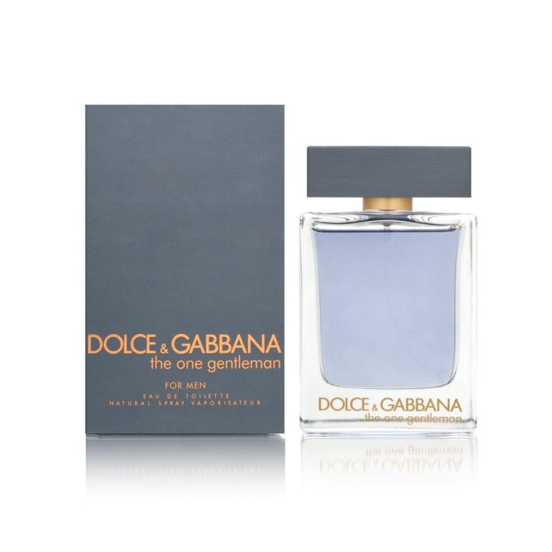 Туалетная вода The One Gentleman муж. 100 млТуалетная вода<br>Аромат The One GENTLEMAN от Dolce&amp;Gabbana олицетворяет собой рыцаря современности и настоящего джентльмена. Этот мужской аромат предназначен тому, кто всегда благоразумен и рассудителен, галантен и элегантен. Женщина такого мужчины может не волноваться, ведь за ним она - как за каменной стеной. Парфюм The One GENTLEMAN придает своему хозяину большей уверенности в своих силах и выгодно выделяет его среди других мужчин. Ароматическая композиция начинается свежестью грейпфрута, а затем продолжается звучанием кардамона, лаванды и фенхеля. В завершении играют древесные нотки пачули и сладкая ваниль.<br>