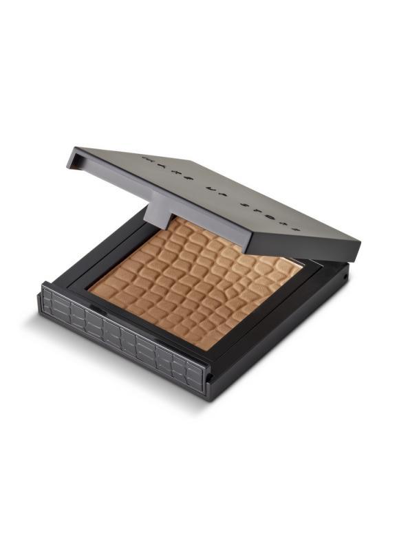 Пудра компактная Micronized Powder (новый дизайн) тон 243 ChocolateПудра<br>Компактная пудра с легкой текстурой. Компактная пудра в классической упаковке с зеркалом. Помогает регулировать матовость кожи в течение дня, не перегружает макияж, подходит для любого типа кожи.<br>Цвет: Chocolate;