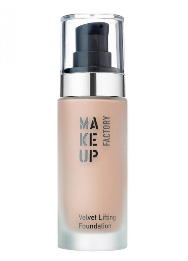 Крем тональный с эффектом лифтинга Розово-бежевый MAKE UP FACTORYТональное средство<br>Тональный крем с эффектом лифтинга Velvet Lifting Foundation&amp;nbsp;&amp;nbsp;создан для нормальной, сухой и комбинированной кожи. Инновационный тональный крем&amp;nbsp;&amp;nbsp;разглаживает и подтягивает кожу, уменьшает количество видимых мелких морщинок и неровностей, убирает признаки усталости. Тональный крем способствует выработке собственного коллагена и регулирует содержание влаги в коже. В результате использования&amp;nbsp;&amp;nbsp;Velvet Lifting Foundation кожа выглядит упругой, сияющей и гладкой.<br>Вес : 0.126; Цвет: Розово-бежевый; RGB: 214,180,158;
