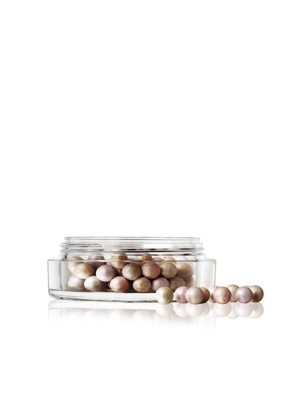 Пудра-хайлайтер в шариках  Shimmer Pearls тон 30Хайлайтер<br>Пудра из разноцветных шариков пастельных оттенков с перламутровым отливом предназначена для финишной отделки и смягчения рельефов в макияже. Идеальное сочетание пигментов для придания коже свежести и естественного сияния: абрикосовый– выравнивает общий тон лица, сиреневый – мягко отражает свет и освежает кожу, а мятно-зеленый – скрывает небольшие неровности и покраснения.<br>Вес гр: 20; Цвет: Микс:серо-зеленый;коричневато-розовый;серо-розовый;