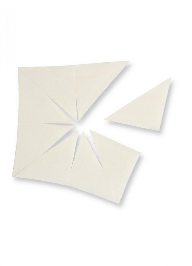 Спонж для нанесения косметики MAKE UP FACTORYСпонжи и аппликаторы<br>Спонж Camouflage Sponge представляет собой набор из 8 аппликаторов угловой формы. Спонж незаменим при нанесении жидких тональных основ и коррекции отдельных участков лица.<br>Вес : 0.020; RGB: 204,204,204;