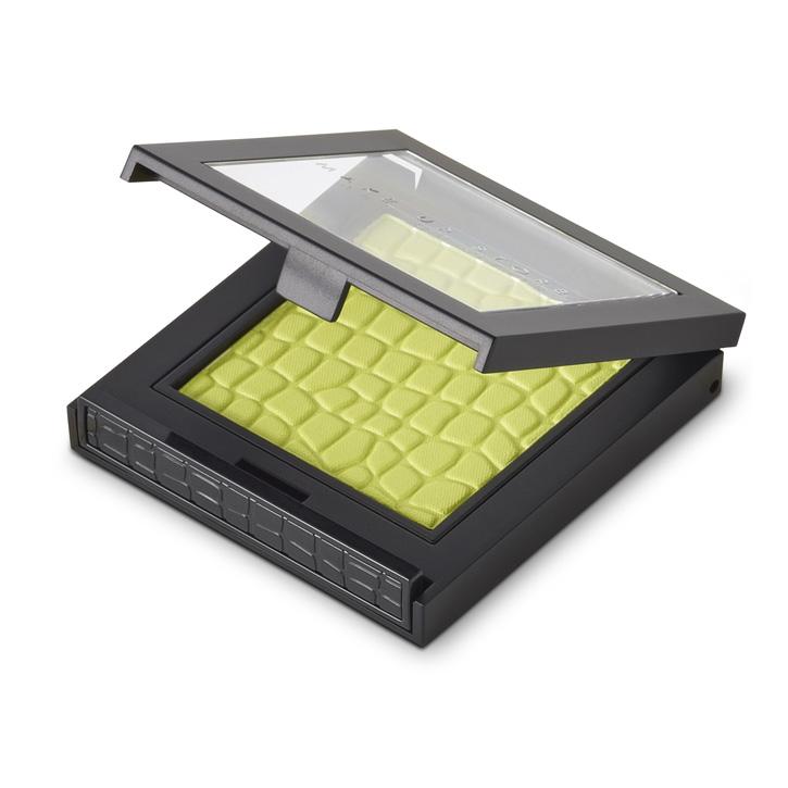 Тени для век Microshadow(новый дизайн) тон 529 GrassТени для век<br>Компактные тени для век. Моно-тени для век с интенсивным пигментом.<br>Цвет: Grass;