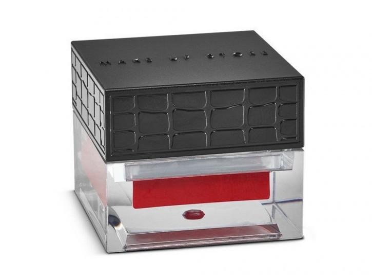 Блеск для губ компактный кремовый Lip Chic Gloss тон 833 Cornell RedБлеск для губ<br>Блеск для губ в баночке. Насыщенная кремовая формула, обогащенная витамином Е для защиты тонкой кожи губ. Обеспечивает глянцевое покрытие средней плотности.<br>Цвет: Cornell Red;