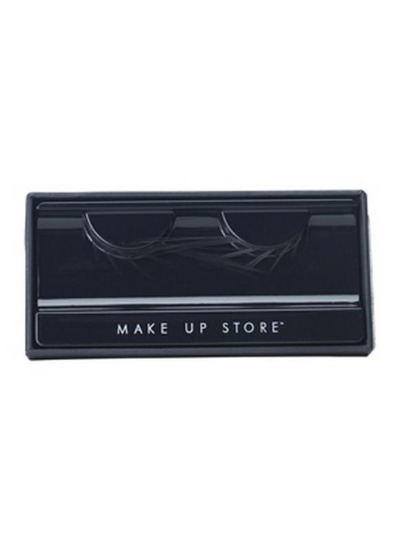 Накладные ресницы Long PeakНакладные ресницы<br>Использование накладных ресниц придает взгляду глубину и выразительность. Бренд Make Up Store предлагает широкий выбор - от аккуратных пучков до декоративных ресниц для фантазийного макияжа. Возможно многократное использование.<br>
