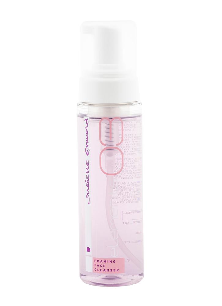 Пенка очищающая Foaming Face Cleanser 210 млПенка<br>Рекомендуется для деликатного очищения всех типов кожи.<br>