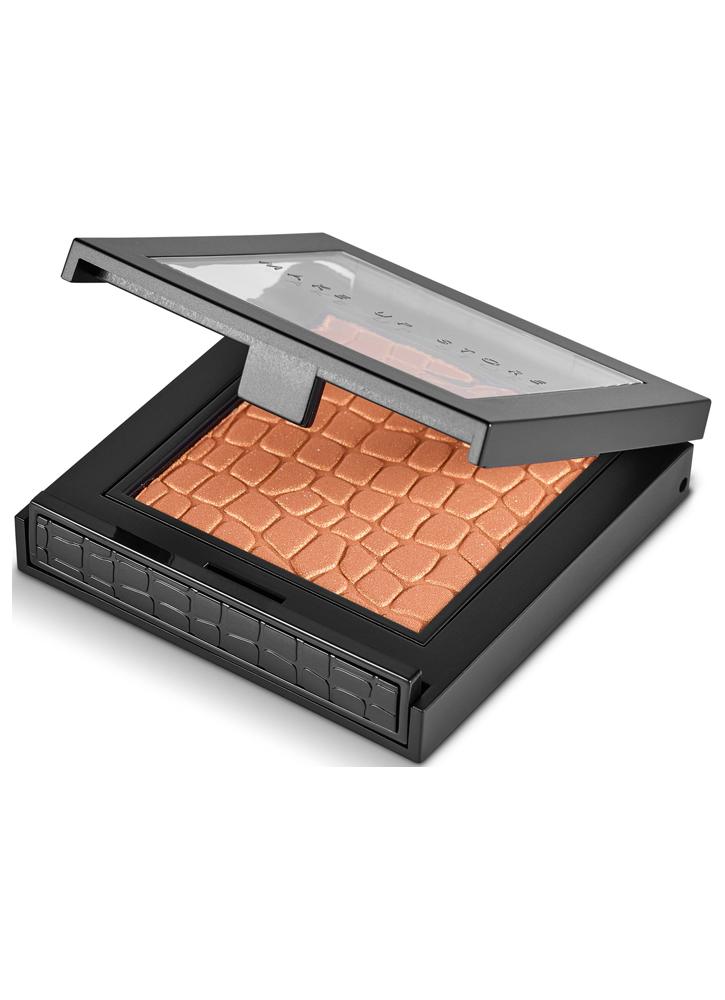 Тени для век Microshadow(новый дизайн) тон 451 BronzeТени для век<br>Компактные тени для век. Моно-тени для век с интенсивным пигментом.<br>Цвет: Bronze;
