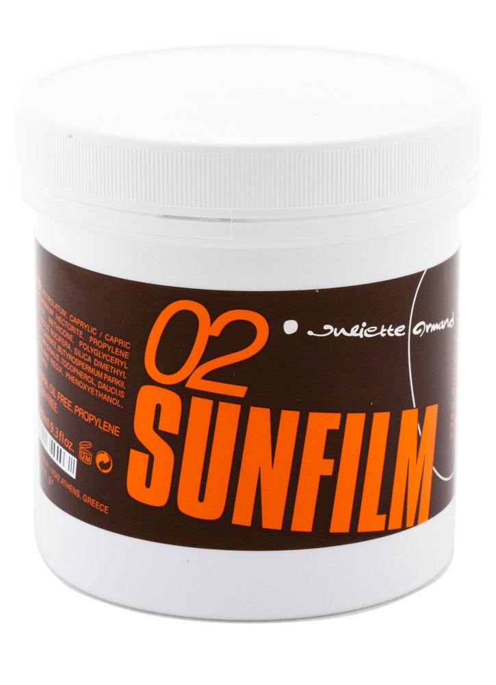 Гель для загара быстрый эффект SPF2 Speed Tan SPF2 250 млДля загара<br>Гель способствует быстрому ровному и стойкому «тропическому» загару, одновременно ухаживая за кожей и предохраняя ее от пагубного воздействия инсоляции. Смягчает сухую, обезвоженную кожу, восстанавливает увядающую кожу, разглаживает морщины, повышает эластичность кожи.<br>
