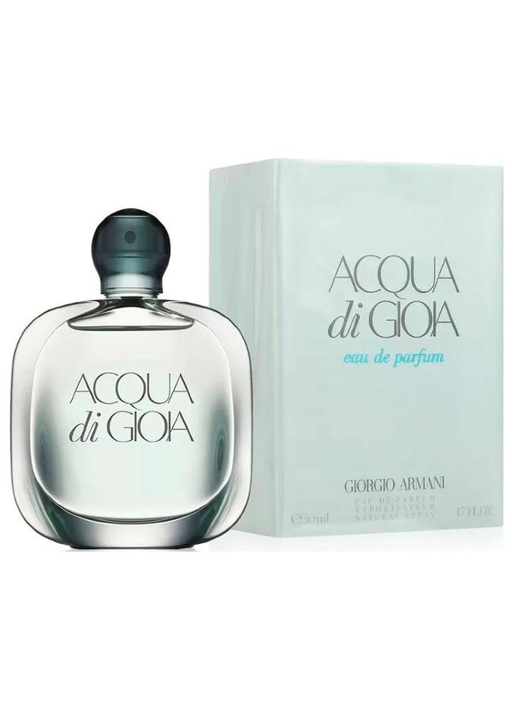 Парфюмерная вода Acqua Di Gioia жен.Духи и парфюмерная вода<br>-Аромат кристальной свежести, океана и тропических лесов. Он способен перенести в дивный экзотический мир, в то же время не переполнен буйством резких аккордов. Букет выдержан идеально и состоит из аккордов трав, пряностей, фруктов, деревьев и ягод. Приятный, расслабляющий шлейф - то что нужно в дневное время.<br>