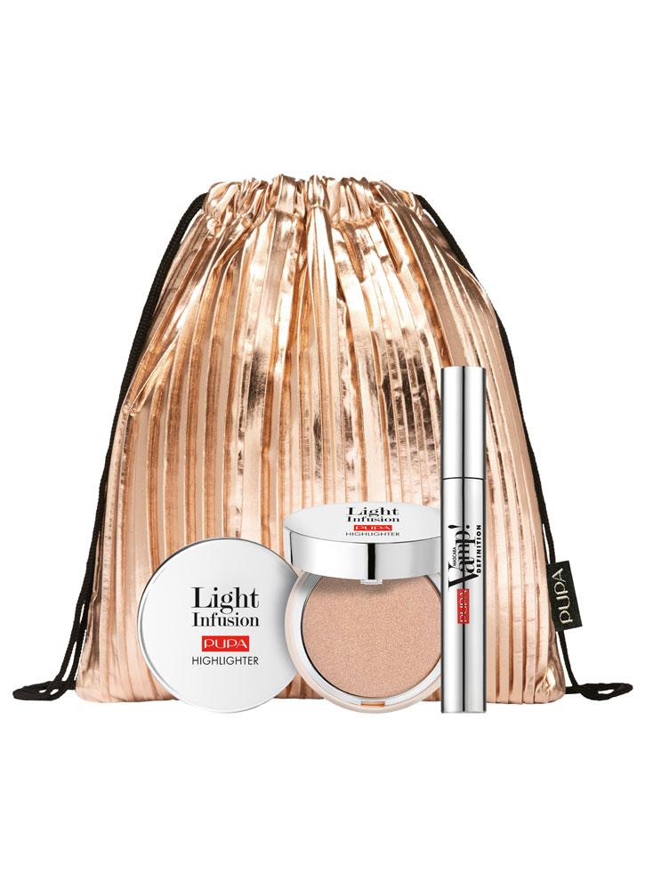 Набор VAMP!Mascara Definition &amp; Light InfusionНаборы<br>-Подарочный набор от PUPA состоит из трех предметов: туши для ресниц VAMP!MASCARA DEFINITION, которая разделяет ресницы и придает им исключительный объем, хайлайтера LIGHT INFUSION и мини-рюкзачка бронзового цвета.<br>