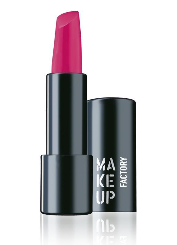 Помада для губ полуматовая Magnetic Lips semi-mat &amp; long-lasting тон 176 ПурпурныйПомада для губ<br>Устойчивая помада насыщенных оттенков Magnetic Lips semi-mat &amp; long-lasting с эффектом полуматового финиша обеспечивает длительную стойкость цветного покрытия, а также гарантирует комфортные ощущения.&amp;nbsp;&amp;nbsp;Благодаря уникальной формуле помада держится на губах, как . Элегантный черный футляр с магнитным замком предупреждает внезапное раскрытие помады.<br>Цвет: Пурпурный;